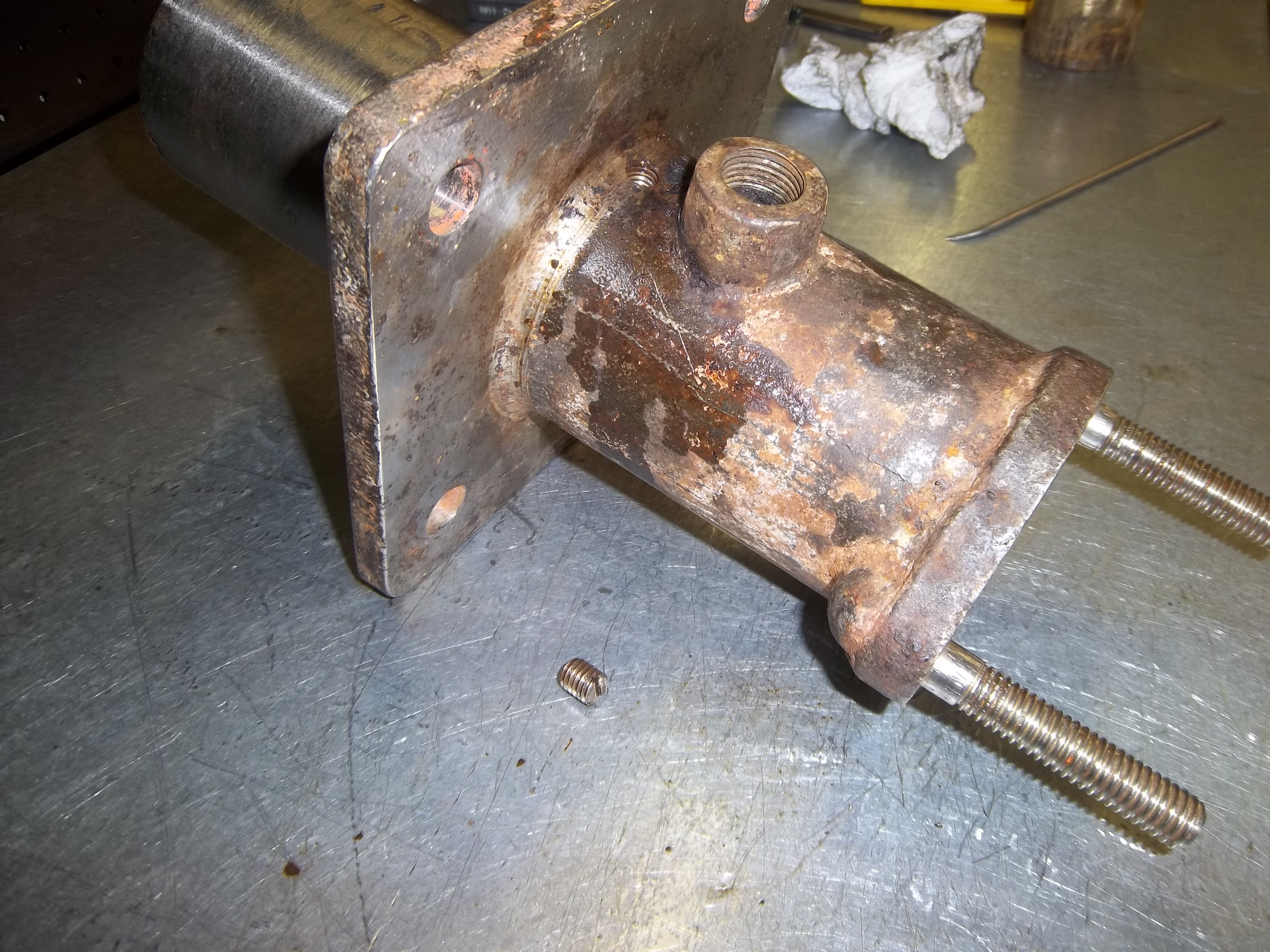 Hydraulic Cutlass Bearing Removal : A tale of two bearings c e grundler